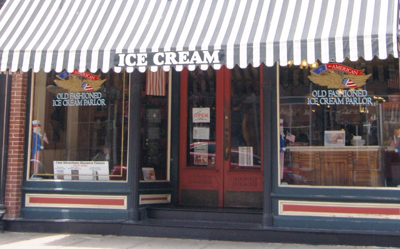 Picture of the American Old Fashioned Ice Cream Parlor from Main Street