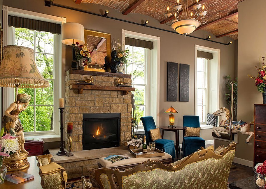 8 Luxury Stays in Galena Country